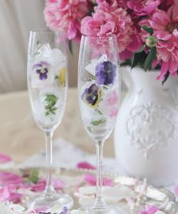 съедобные цветы замороженные цветы в бокале